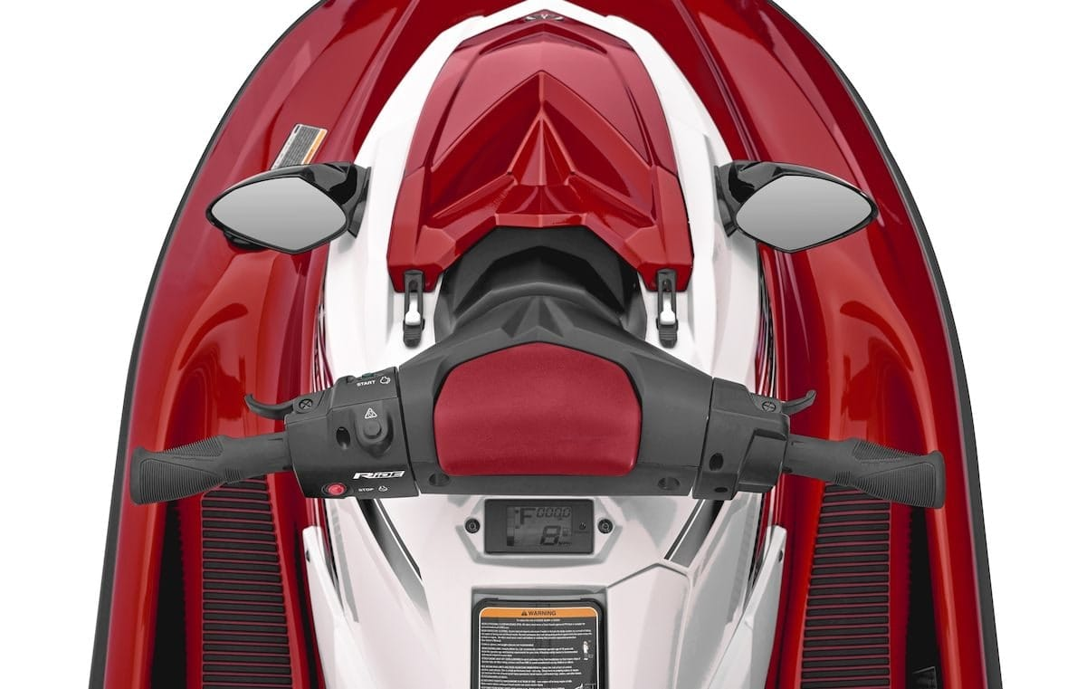 2019 Yamaha EXDELUXE EU Torch Red Metallic Detail 002 Tablet