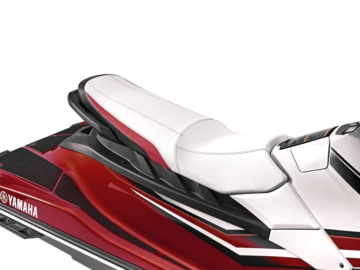 2019 Yamaha EXDELUXE EU Torch Red Metallic Detail 004 Tablet