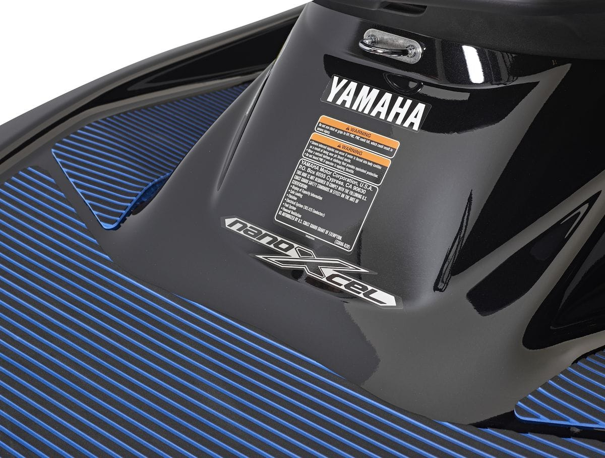 2019 Yamaha VXDELUXE EU Pure White Detail 004 Tablet